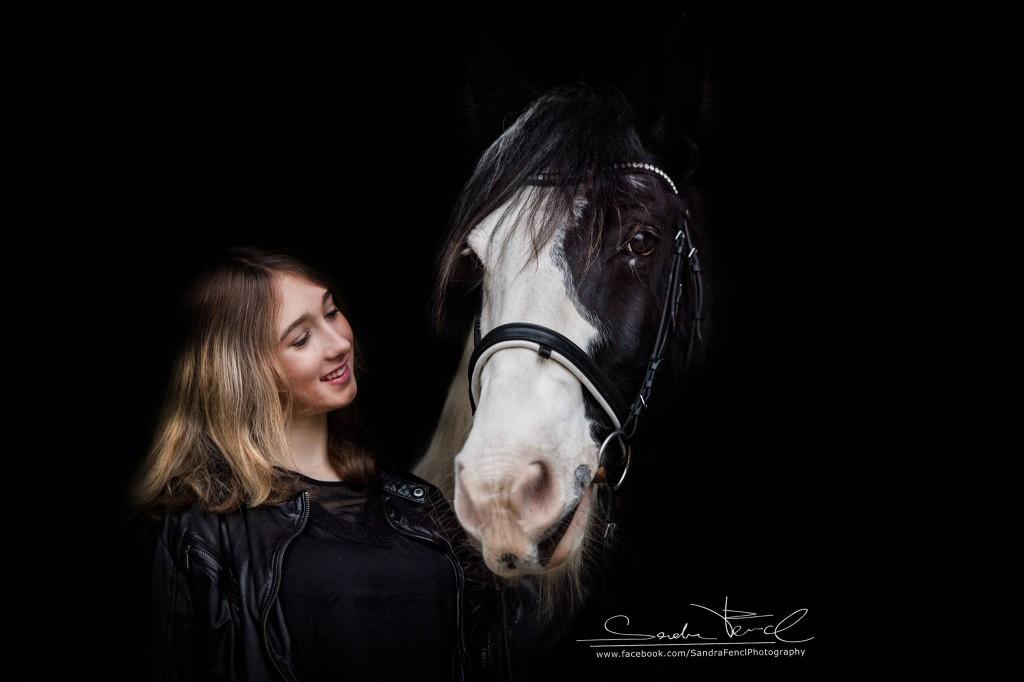 """Schwarzes Loch Portrait beim Intensivseminar """"Pferdefotografie"""""""