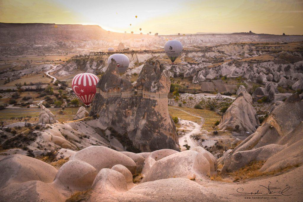 Eines meiner schönsten Erlebnisse in meinem Leben! Die Ballonfahrt in Kappadokien bei Morgengrauen.